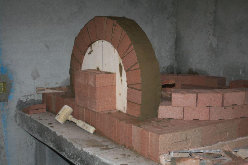 Forno a legna per il pane completamente in refrattario con - Forno con microonde integrato ...