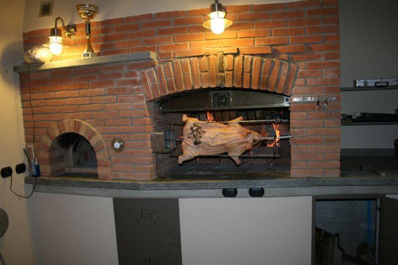 Cucine In Muratura Con Forno A Legna. Cheap Awesome Cucine A Legna ...