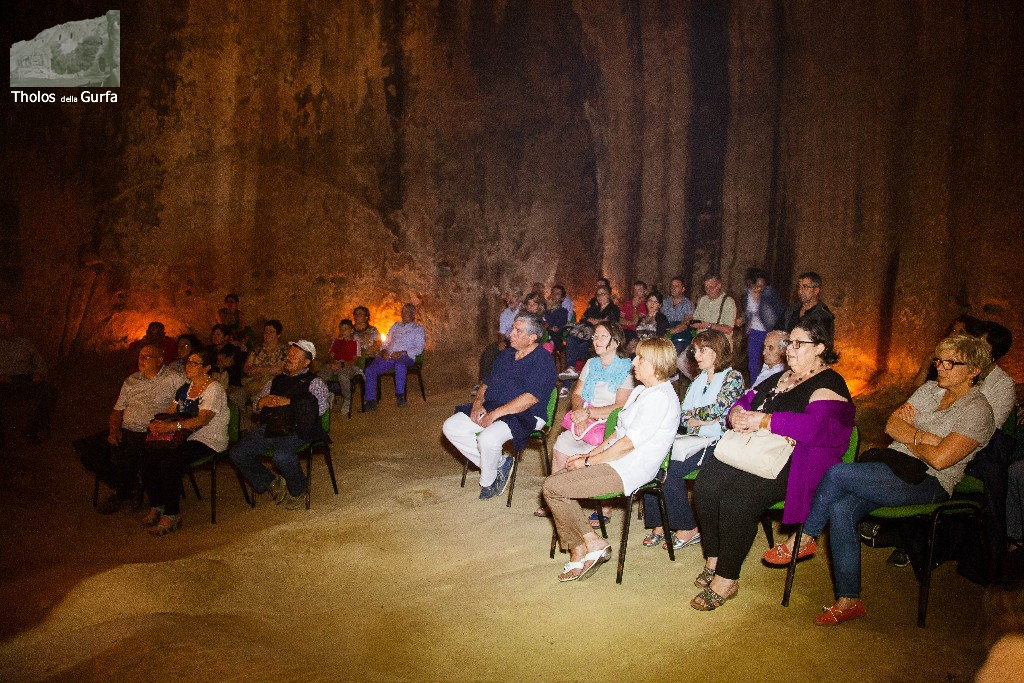 Concerto alle Tholos della Gurfa ( Foto di Nino Di Buono)