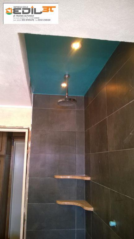 ... Faretti : Con doccia in muratura e abbassamento cartongesso faretti a