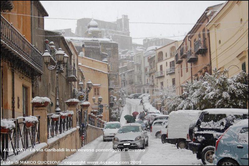 <b>SnowThunderballs Weathers AliaTimes<b>