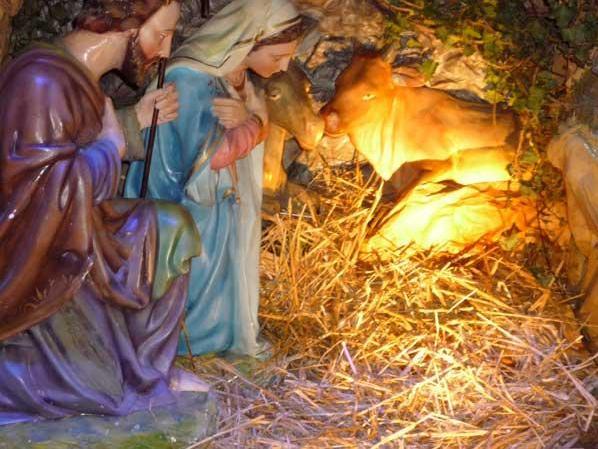 <B>PENSIERI DI NATALE - (CHRISTMAS THOUGHTS) </B>