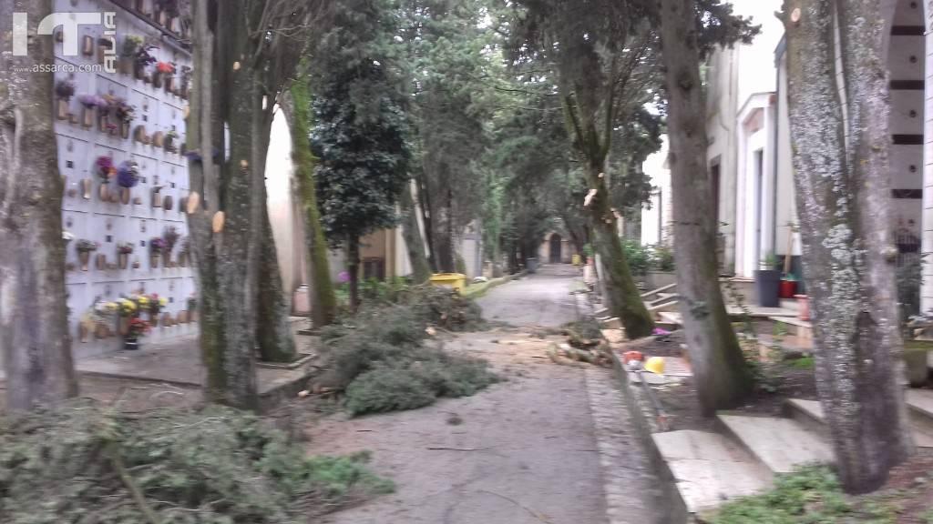 Operai forestali di Alia impiegati presso i siti del comune di Valledolmo