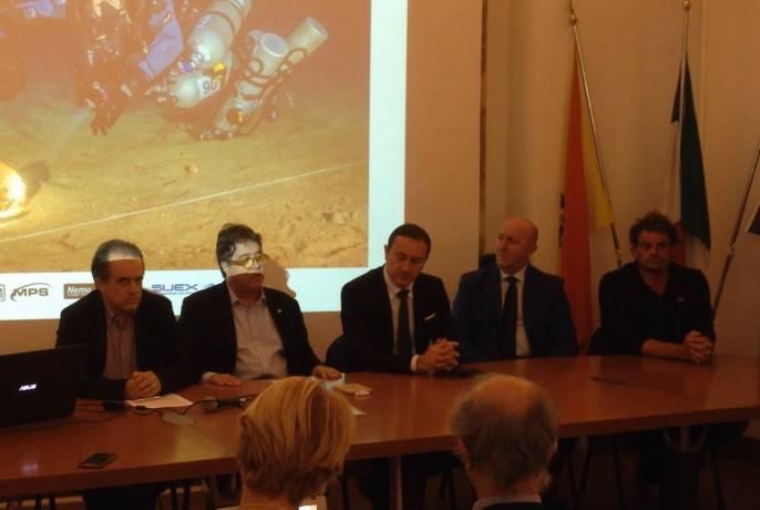 Presentati in una conferenza stampa i reperti di assoluta novità nel campo dell'archeologica subacquea recuperati nel luogo della battaglia delle Egadi