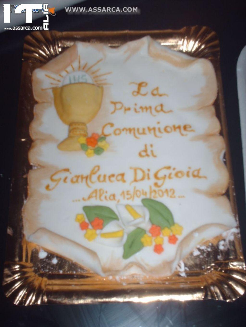 Pergamena in pasta di zucchero jj17 regardsdefemmes for Decorazioni per torte di laurea