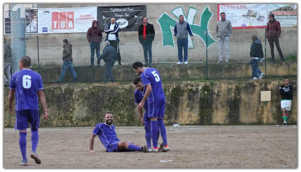 Vallelunga  Salemi - Vince l`esperienza ! Il Salemi 1930 FC  meritevole del primato in classifica.