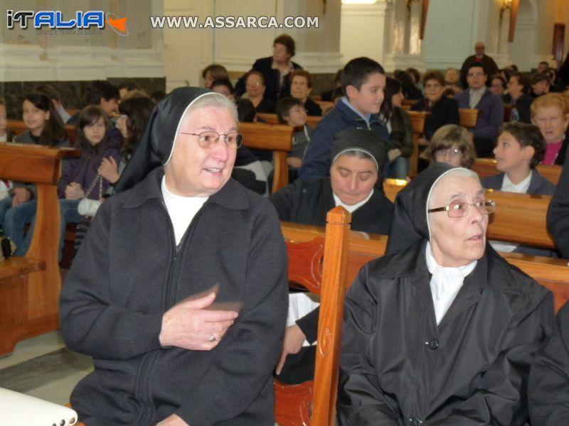 IL CINQUANTESIMO DI VITA RELIGIOSA - SUOR GAETANA GRANDI  - PARROCCHIA DI SANT`ANNA  24 OTTOBRE 2011