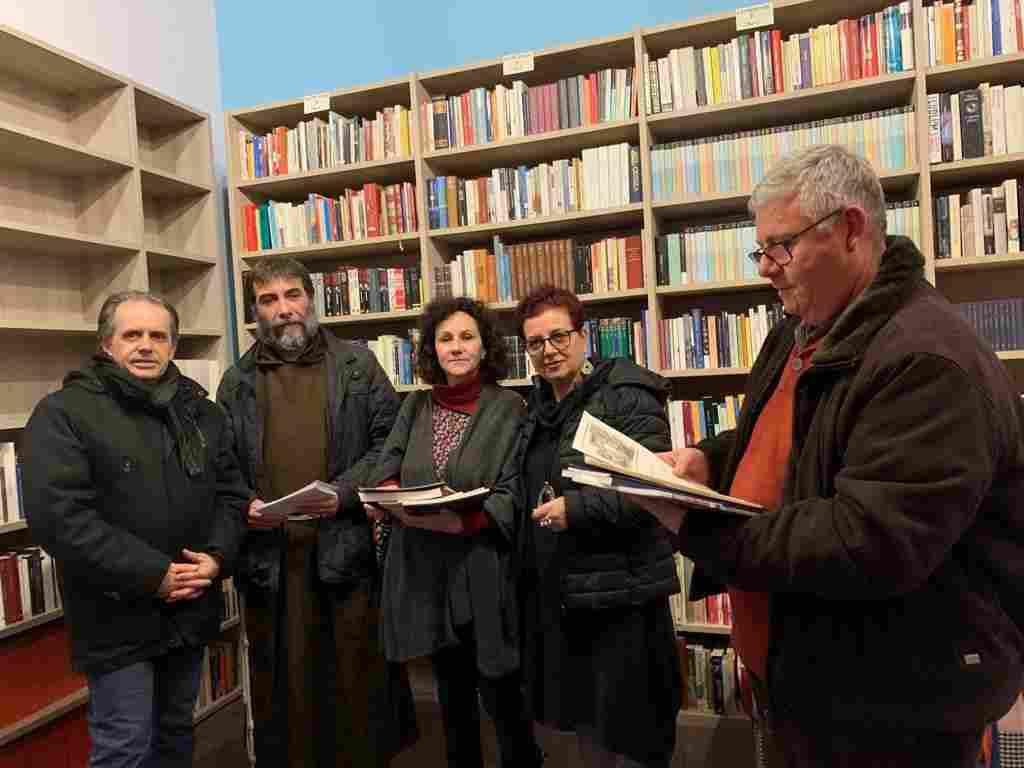 BCsicilia dona 100 libri alla Biblioteca della Parrocchia di Danisinni a Palermo