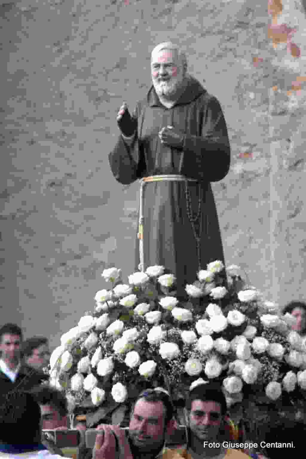 Processione San Pio da Pietrelcina. Alia 16 Luglio 2017