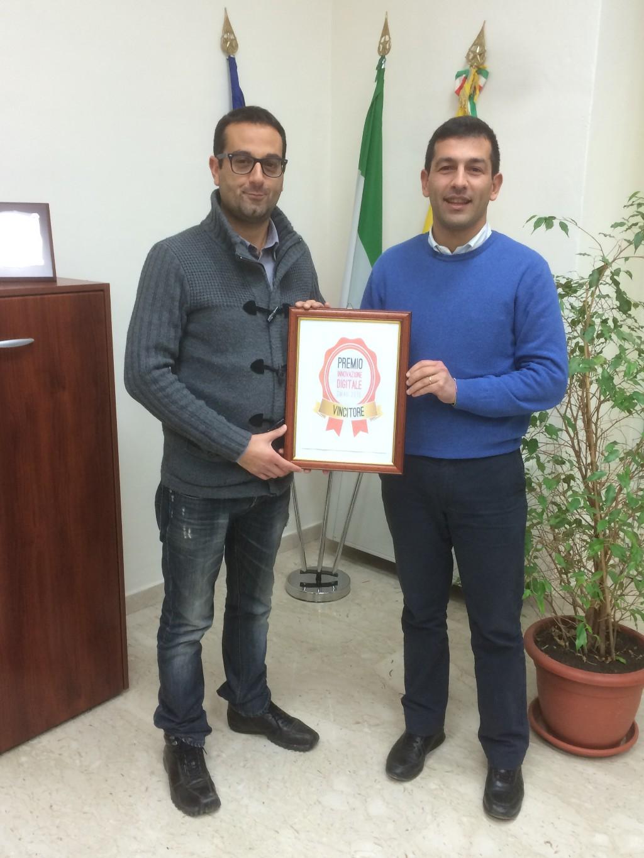 Il comune di Valledolmo vince il Premio Innovazione Digitale SMAU Napoli 2015