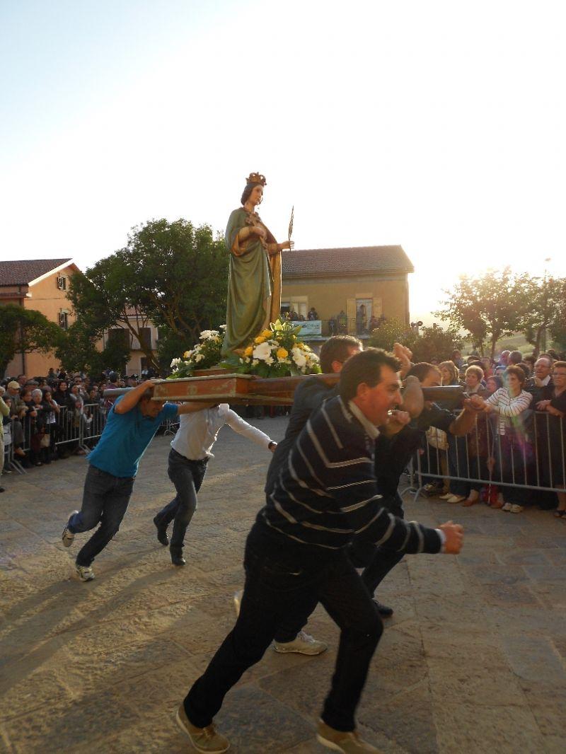 GANGI, AL VIA FESTEGGIAMENTI IN ONORE ALLO SPIRITO SANTO LUNEDI� �A CURSA DI SANTI�