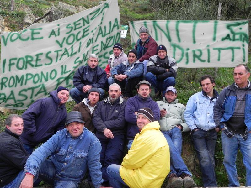 FORESTALI ALIESI UNITI NELLA PROTESTA