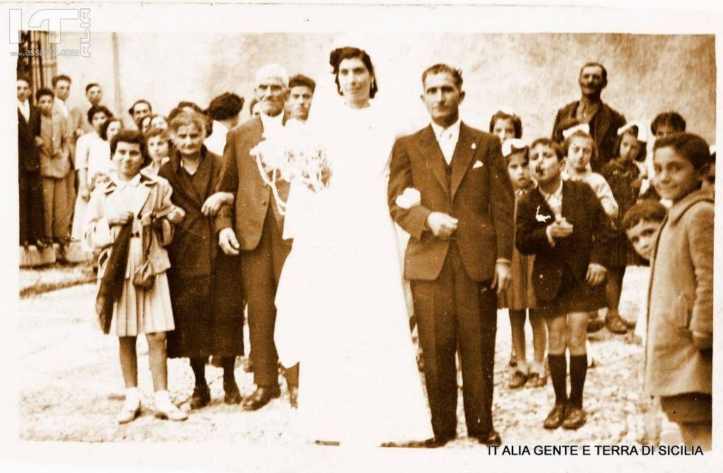 Anno 1954, matrimonio di Giuseppina di Carlo e  Gioacchino Drago. Foto gentilmente concessa da Anna Nasca.