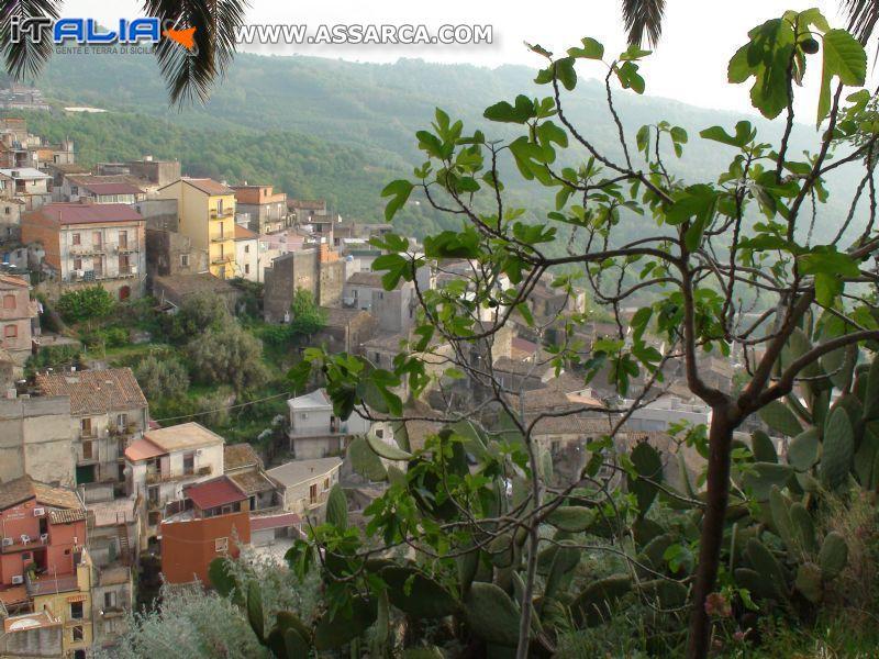 CASTIGLIONE DI SICILIA - PANORAMA*
