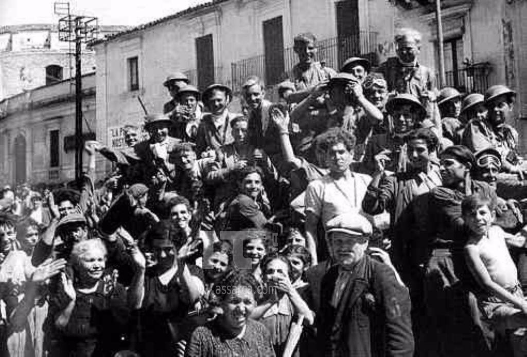 FRANCOFONTE ESULTA PER LA LIBERAZIONE NAZIFASCISTA