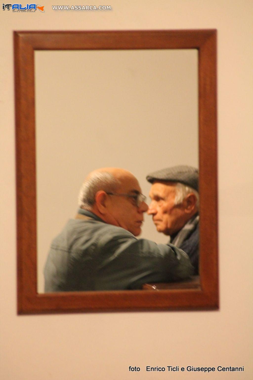 Allo specchio volti di sicilia - Foto allo specchio ragazzi ...