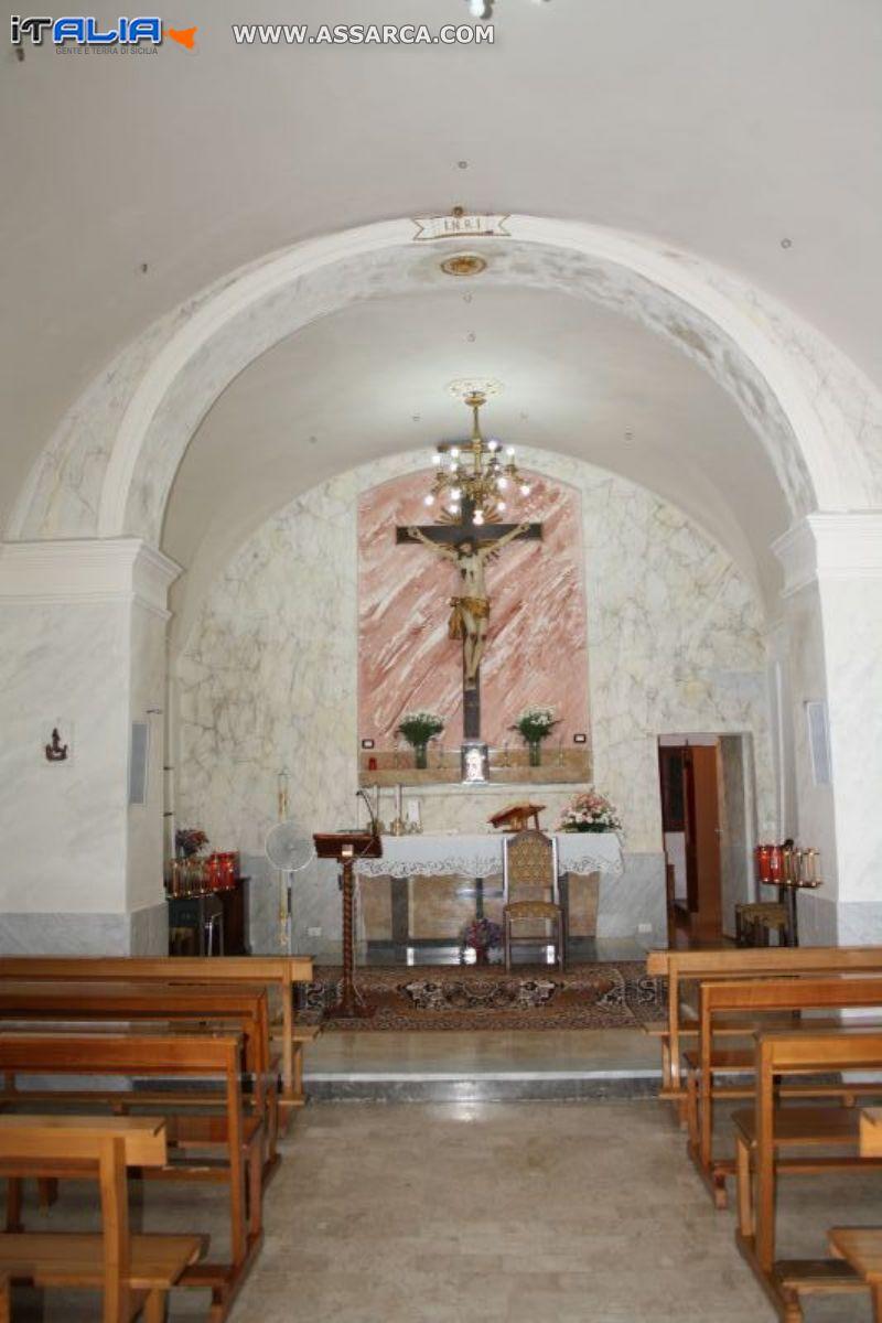 Interno chiesa Marcatobianco