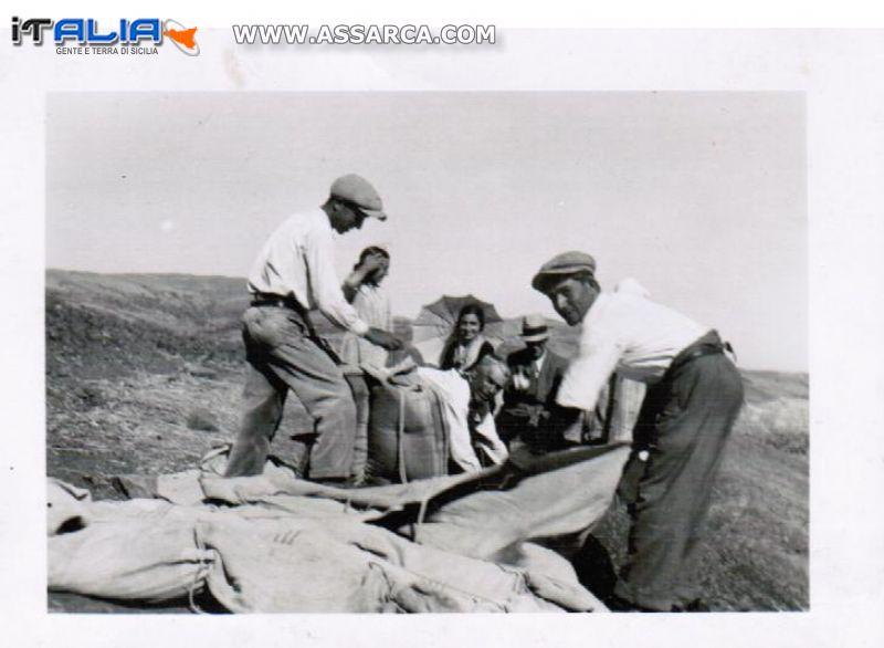 lavoratori nei campi anni 40