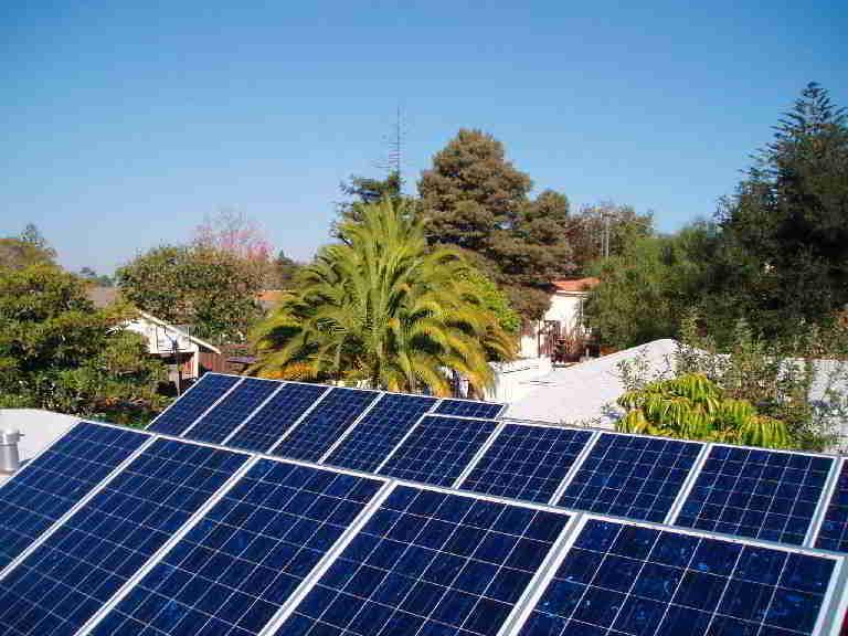 <b>Il Marocco investe 9 miliardi di dollari nel solare </b>