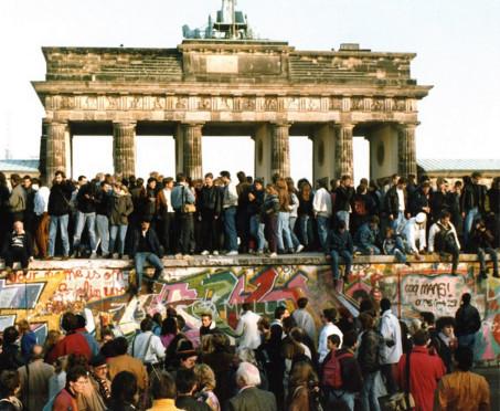 <B>Il giorno della caduta del Muro di Berlino</B>