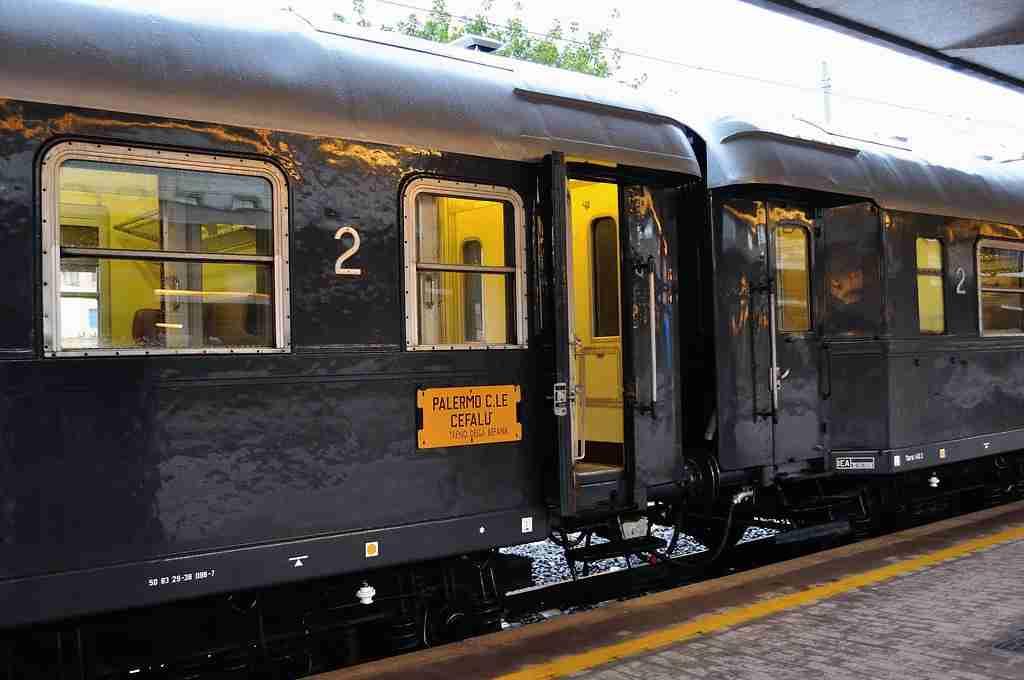 """""""Ricordi di viaggi in treno in Sicilia"""""""