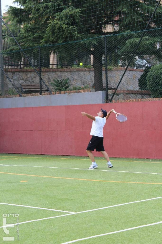 """Torneo no stop di tennis."""