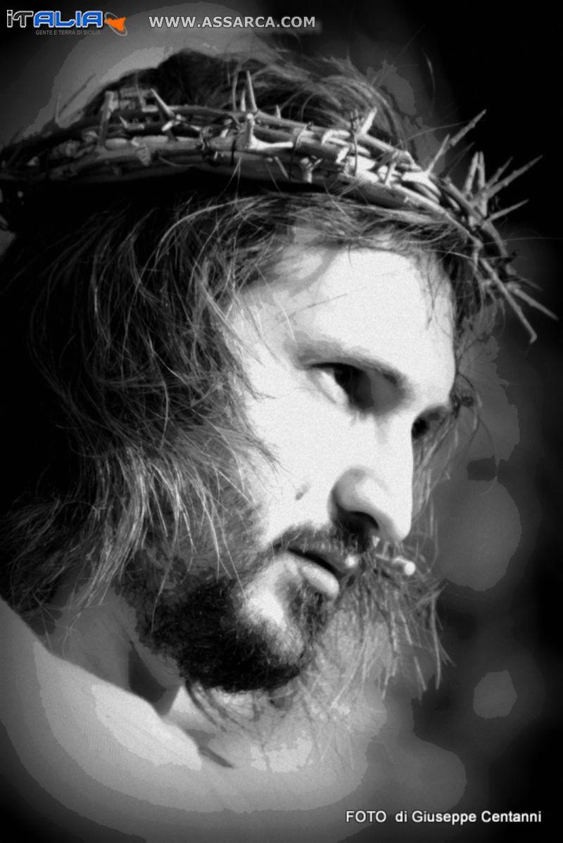 CONDANNA,CROCIFISSIONE E RESURREZIONE  ( VIA CRUCIS 2011)