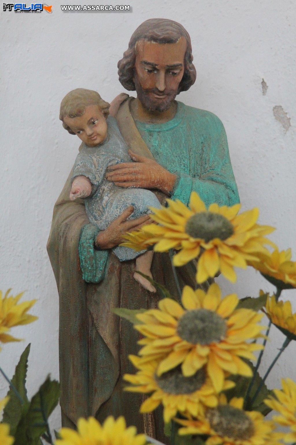 Edicola votiva a San Giuseppe...