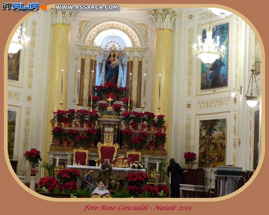 L`altare del Santuario Santa Maria delle Grazie, nel periodo Natalizio 2015