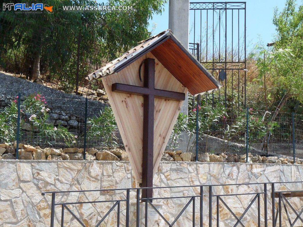 Edicola votiva dedicata al SS Crocefisso