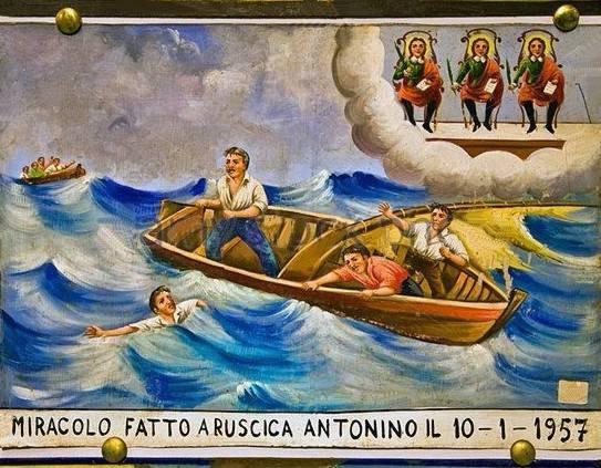 Visita guidata alla più grande collezione di ex voto a Trecastagni e alle Tavolette nella chiesa del Carmine di Catania