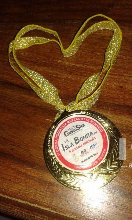 """La  favolosa """"Mezzanotte Running Trofeo GUSTOSITA""""  incorona  la sua Cenerentola Barbara La Barbera ed il Principe Azzurro  Lucio Cimò"""