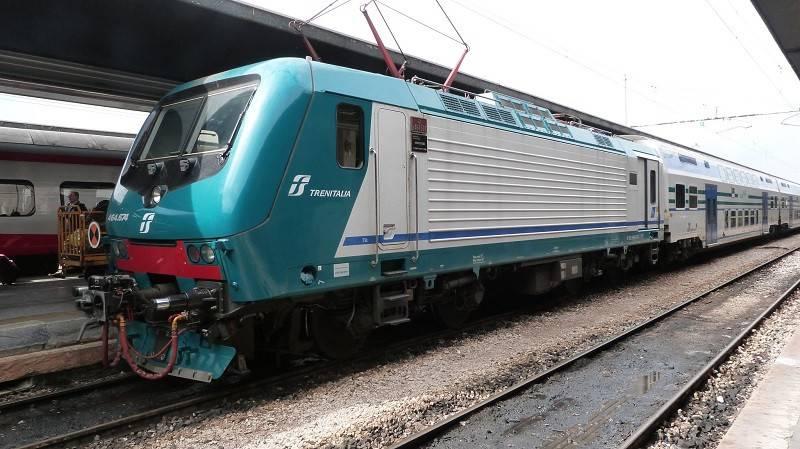 Prende il treno a Campofelice, non c'è la biglietteria: ma il capotreno la multa lo stesso