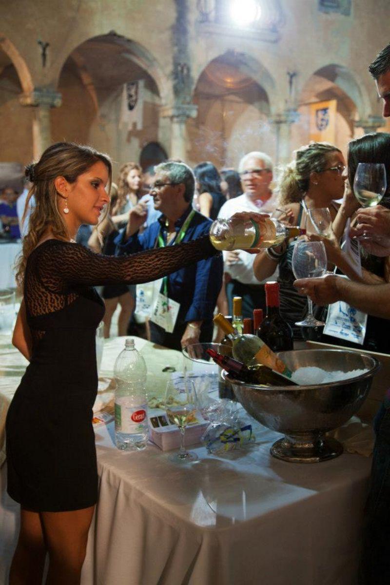Divino Festival 2013, uno dei pochi eventi dedicati all�enologia rimasti in Sicilia con un trend in crescita e sempre piu� cantine presenti�