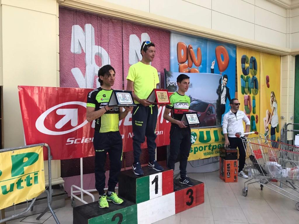 CICLISMO : Il 25 aprile tra Taurianova e Cittanova, alla 15^ edizione del Memoria �Marco Pantani�, vince Baldassare Barbera dell�A.S.D. Fiamma Palermo.