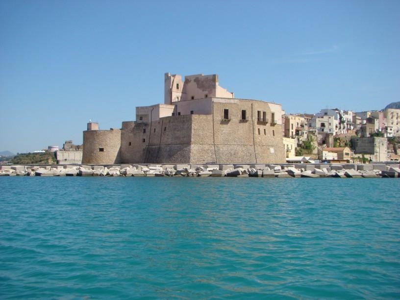 Castellammare del Golfo. visita guidata al castello arabo-normanno