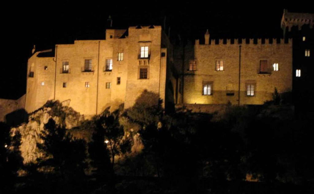 Il mistero della Baronessa di Carini, visita serale al Castello e al borgo di Carini