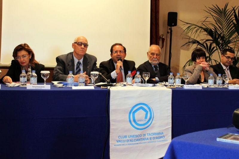 CONVEGNO DA PARTE DEL CLUB UNESCO DI TAORMINA E VALLE DELL�ALCANTARA E D�AGRO SULL� EBRAISMO IN SICILIA