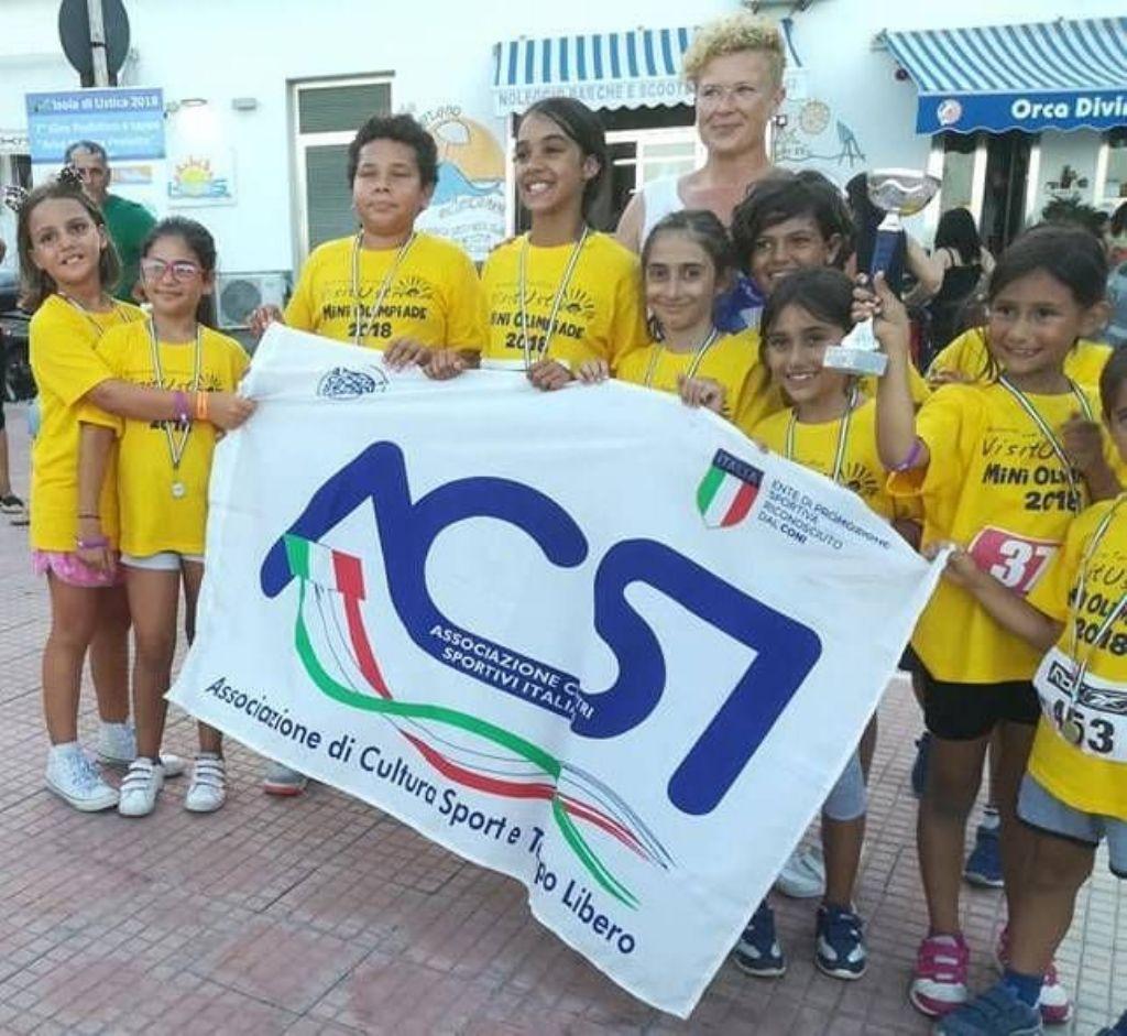 Podismo/Vacanze: All� 8°Giro Podistico a Tappe Isola di Ustica Trofeo AMP confermata la Mini Olimpiade per i bambini.