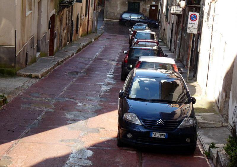Alia:Tra poco al via i lavori per il rifacimento delle vie del centro storico.