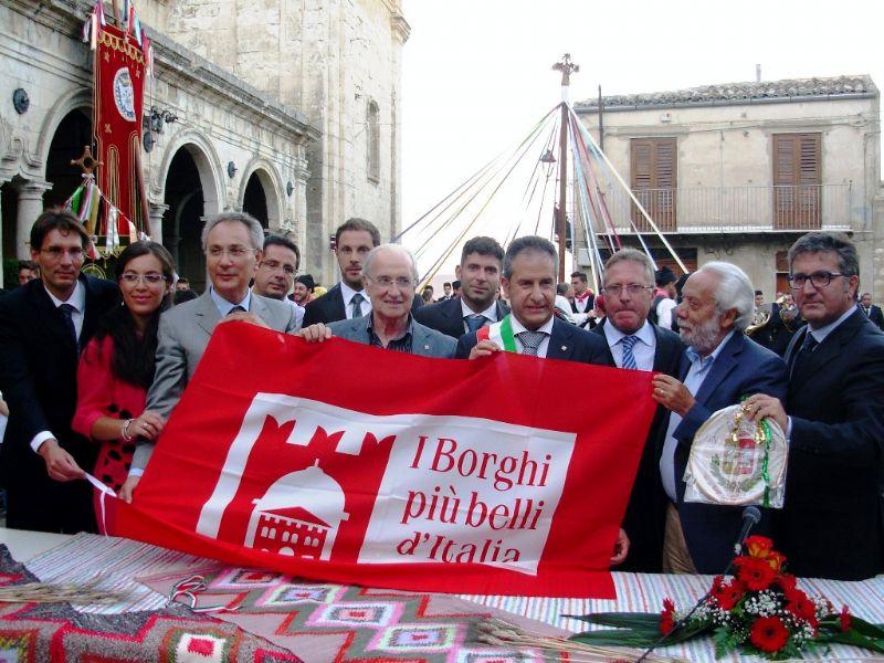 PETRALIA SOPRANA SARA� PRESENTE NELLA VETRINA DI EXPO 2015 TRAMITE IL CLUB �I BORGHI PIU� BELLI D�ITALIA�
