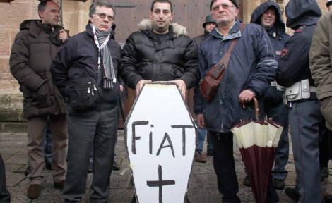 Fiat: operai Termini, notte su tetto