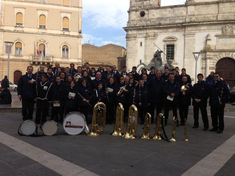 GERACI SICULO: LA BANDA MUSICALE �CITTA� DI GERACI� ALLA PROCESSIONE DEI MISTERI DI CALTANISSETTA