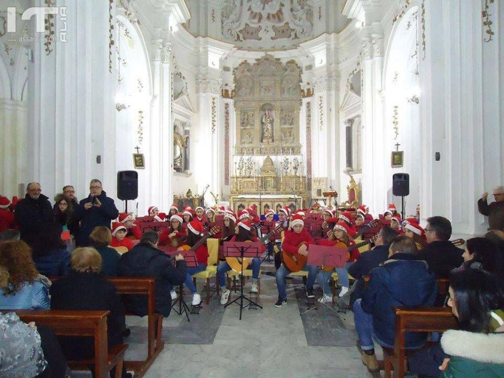 �NATALE IN � CANTO�: ILCONCERTO DELL�ISTITUTO SCOLASTICO AD INDIRIZZO MUSICALE DI PETRALIA SOPRANA