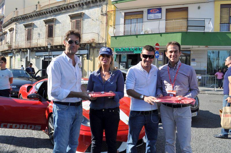 SAN GIOVANNI LA PUNTA (CT) - Passaggio gara automobilistica Targa Florio e consegna doni al sottosegretario allo Sviluppo economico Catia Polidori.