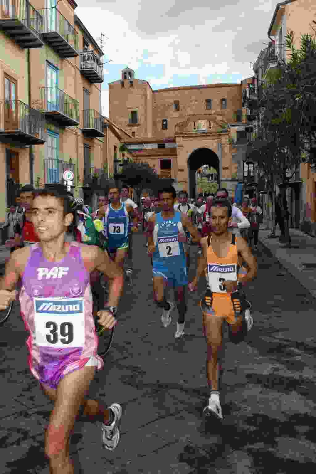 TRAIL/RUNNING: DOMENICA A CASTELBUONO  AL VIA IL VIVINATURA TRAIL, PRIMA TAPPA DEL BIOECOTRAIL RUNNING
