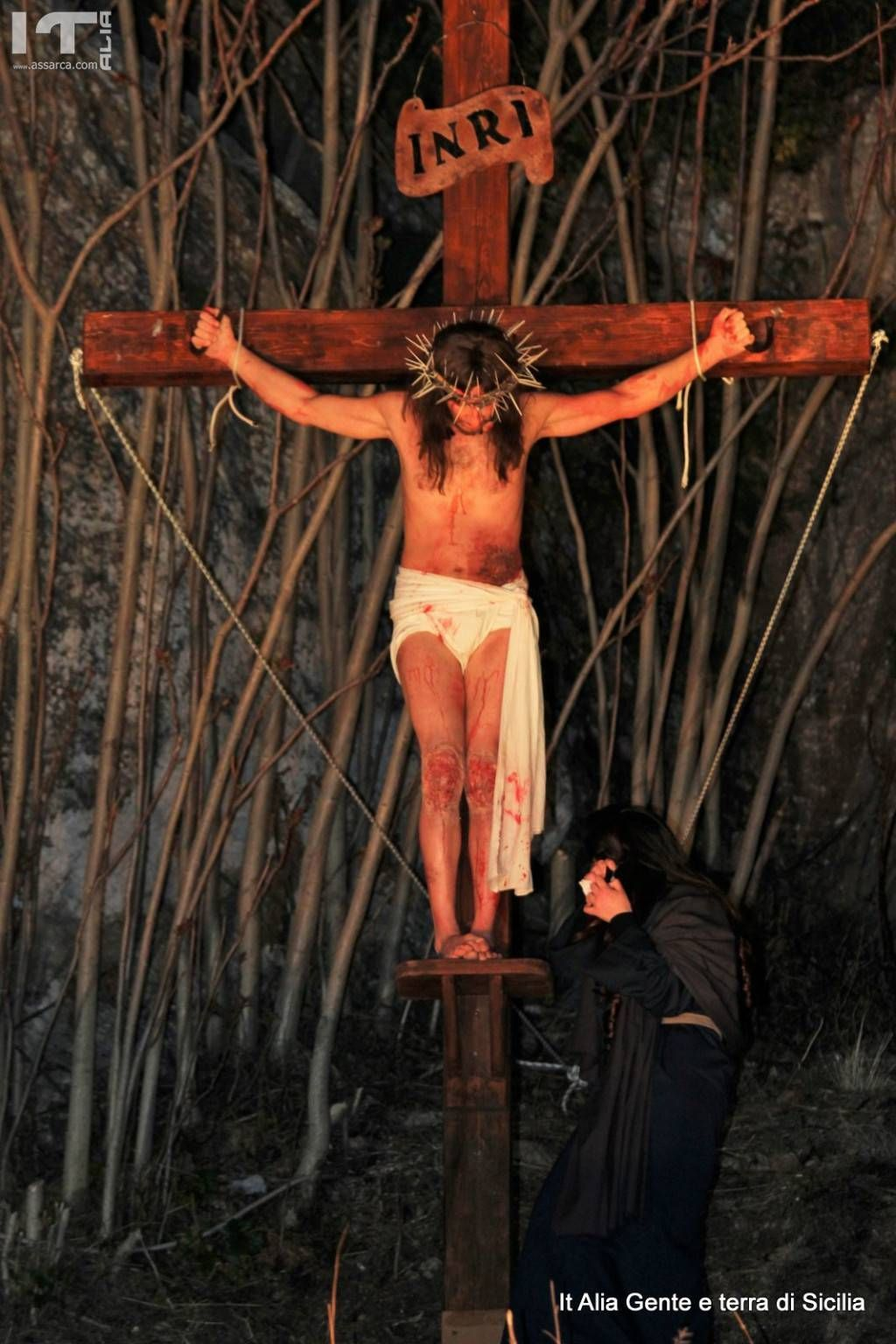 Via Crucis vivente a Roccapalumba,( La Crocifissione)
