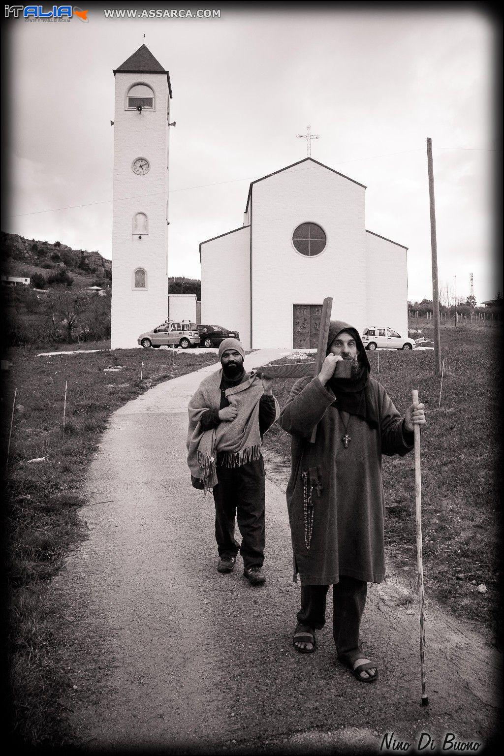 Biagio Conte visita la Chiesa Chianchitelli