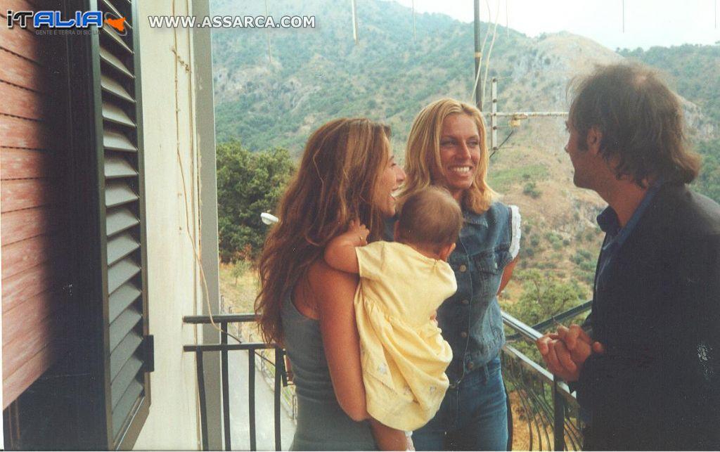 Annalisa Minetti con Ignazio e Ivana