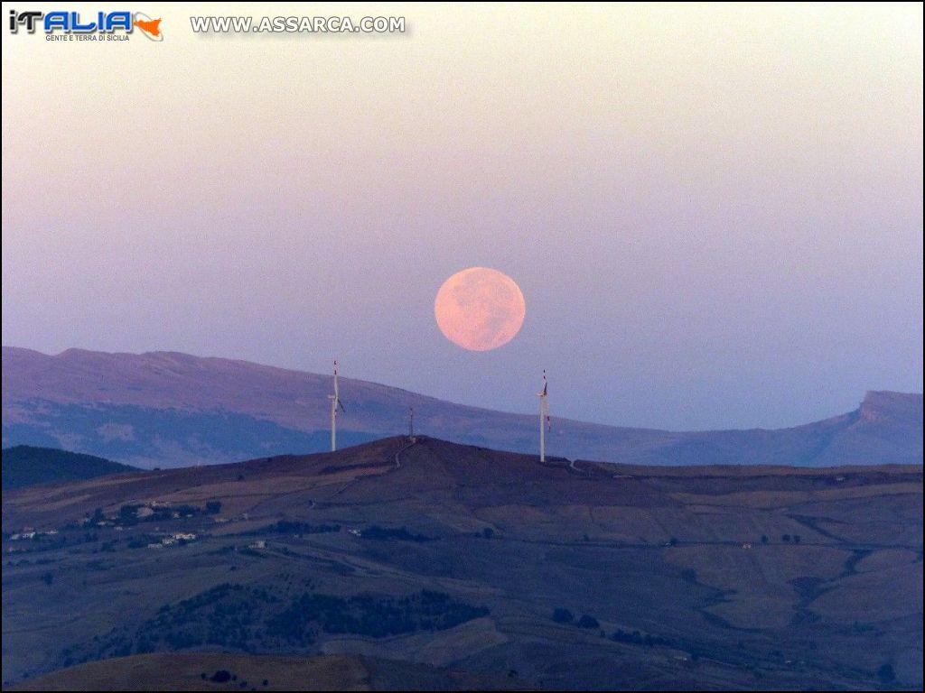 Tramonto della luna  ore 06.46